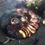 トレジョーのお肉で裏庭BBQ