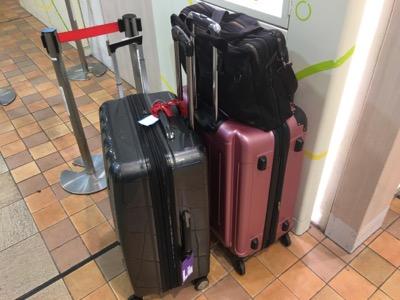 エコノミー預け入れ荷物の重量制限は23キロ@スーツケース
